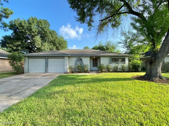 3 Bedrooms, Briargate Rental in Houston for $1,990 - Photo 1