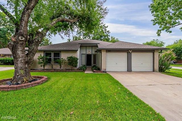 3 Bedrooms, Meadow Bend Rental in Houston for $2,470 - Photo 1