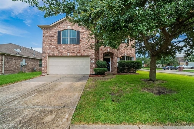 4 Bedrooms, Country Club Manor Rental in Houston for $2,470 - Photo 1