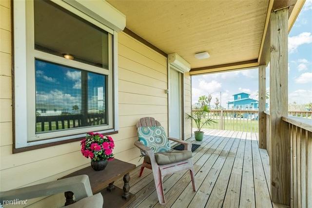 3 Bedrooms, Bay Harbor Rental in Houston for $2,410 - Photo 1
