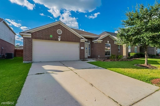 3 Bedrooms, Atascocita Forest Rental in Houston for $2,280 - Photo 1
