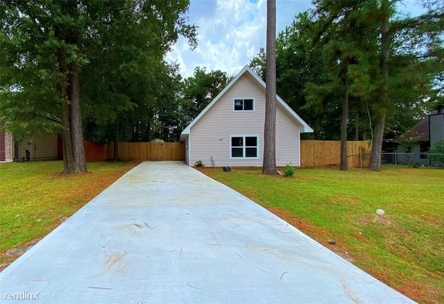 3 Bedrooms, Southeast Montgomery Rental in Houston for $2,610 - Photo 1