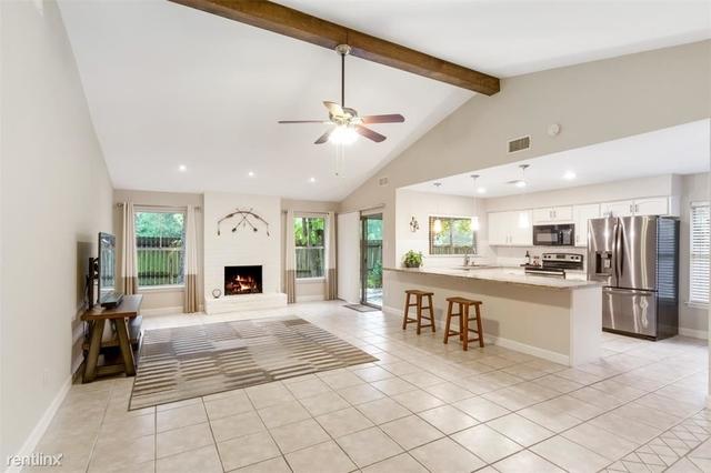3 Bedrooms, Grogan's Mill Rental in Houston for $2,560 - Photo 1