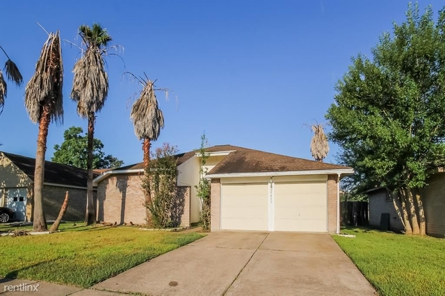 3 Bedrooms, Kenswick Rental in Houston for $2,020 - Photo 1