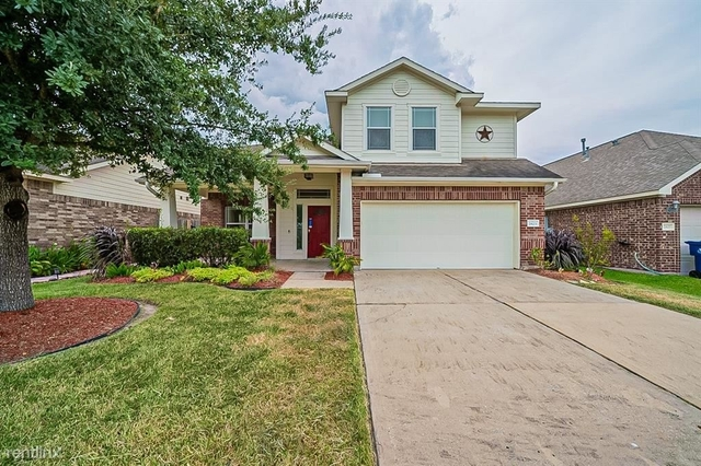 3 Bedrooms, Southeast Montgomery Rental in Houston for $2,600 - Photo 1