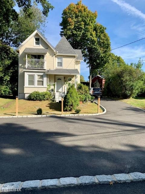 3 Bedrooms, Westport Rental in Bridgeport-Stamford, CT for $2,800 - Photo 1