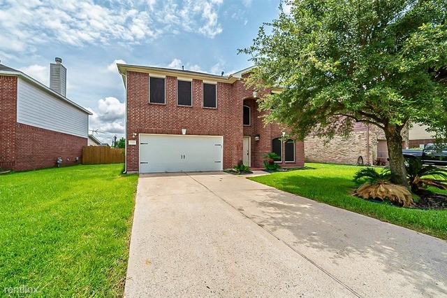 4 Bedrooms, Country Club Manor Rental in Houston for $2,260 - Photo 1