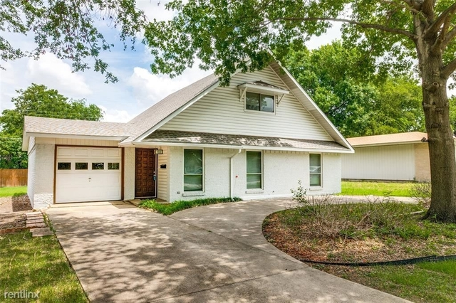4 Bedrooms, Greenwood Hills Rental in Dallas for $2,940 - Photo 1