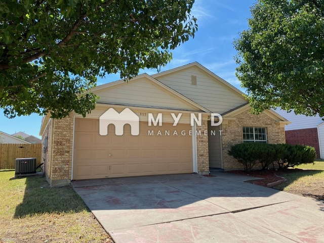 3 Bedrooms, Southgate Rental in Dallas for $1,775 - Photo 1