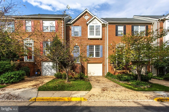 3 Bedrooms, Tysons Corner Rental in Washington, DC for $3,200 - Photo 1