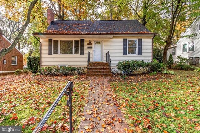 4 Bedrooms, Fairfax Rental in Washington, DC for $2,400 - Photo 1