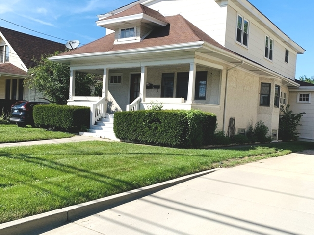 2 Bedrooms, Park Ridge Rental in Chicago, IL for $2,200 - Photo 1