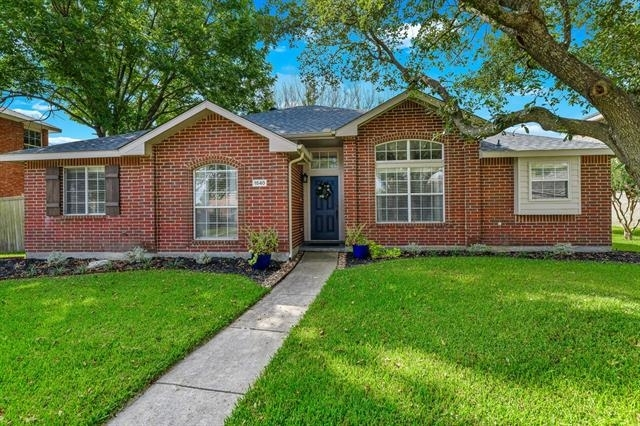 3 Bedrooms, Country Meadow Rental in Dallas for $6,750 - Photo 1