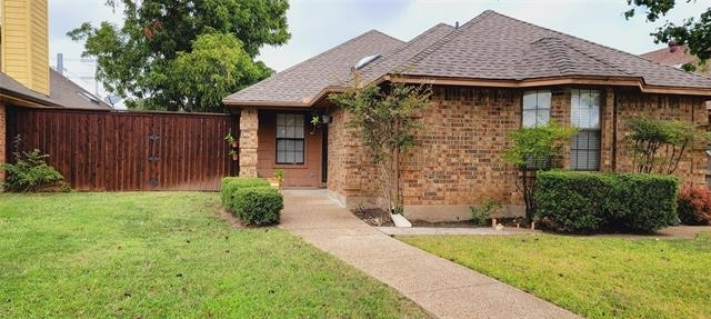 2 Bedrooms, Meadow Park Rental in Dallas for $1,900 - Photo 1