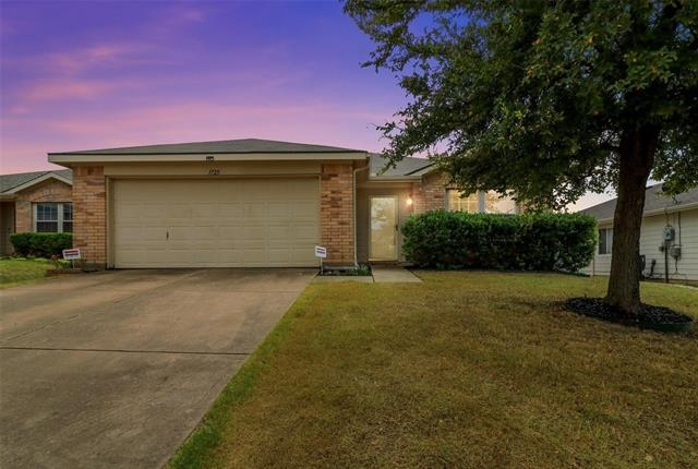 3 Bedrooms, Anna Rental in  for $2,045 - Photo 1