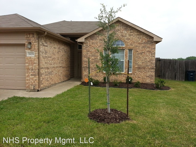 4 Bedrooms, South Creek East Rental in Dallas for $1,795 - Photo 1