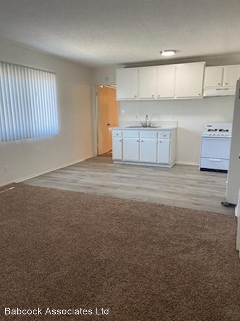 2 Bedrooms, Inglewood Rental in Los Angeles, CA for $1,650 - Photo 1