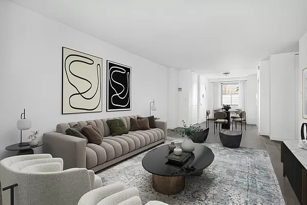 2 Bedrooms, Forest Hills Rental in NYC for $3,140 - Photo 1