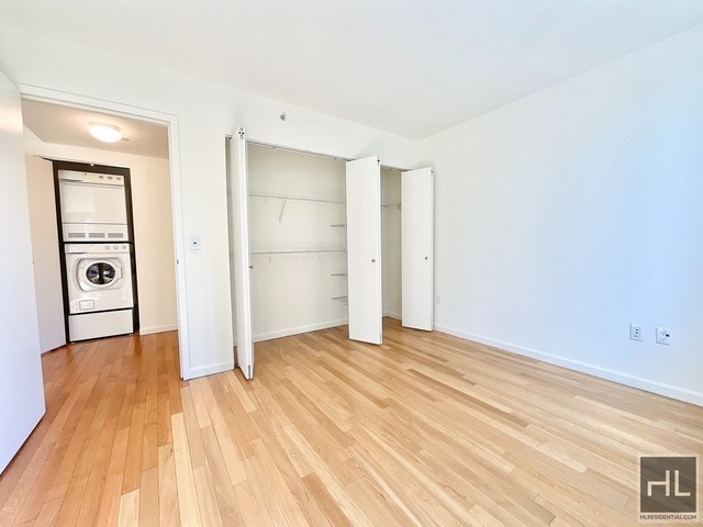 1 Bedroom, Hunters Point Rental in NYC for $3,756 - Photo 1