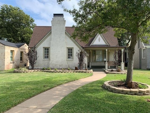3 Bedrooms, Bluebonnet Place Rental in Dallas for $2,900 - Photo 1