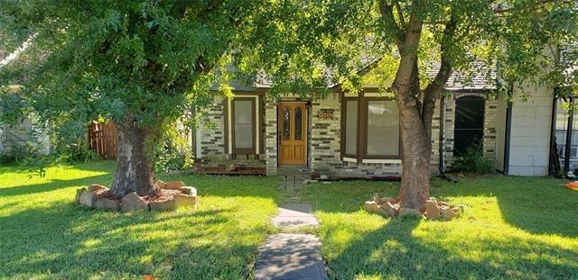 2 Bedrooms, East Glen Rental in Dallas for $1,500 - Photo 1