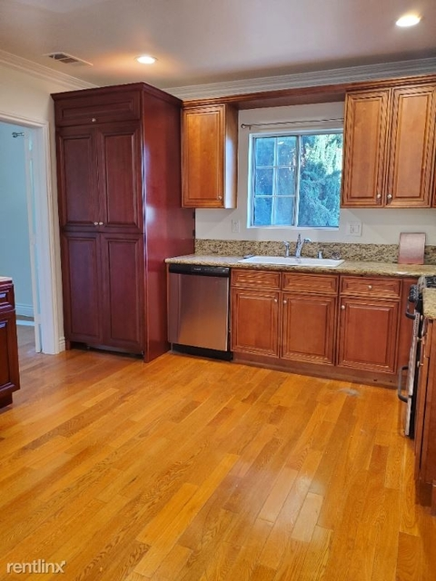 4 Bedrooms, Hollywood Studio District Rental in Los Angeles, CA for $3,599 - Photo 1
