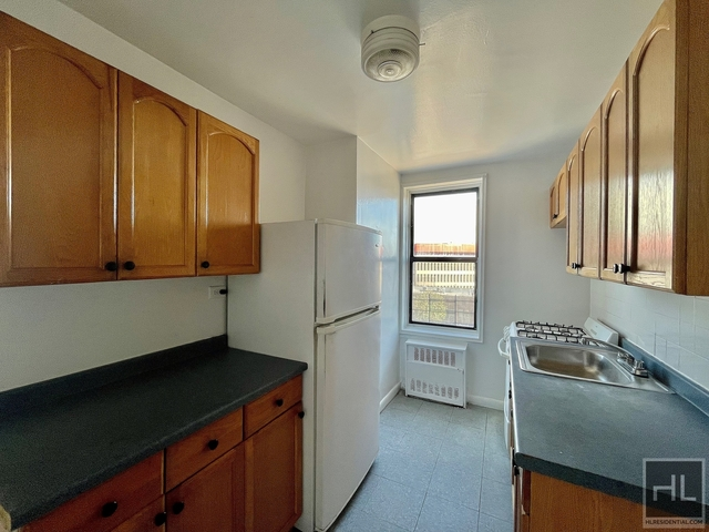 2 Bedrooms, Elmhurst Rental in NYC for $2,247 - Photo 1