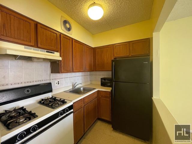 2 Bedrooms, Astoria Rental in NYC for $2,100 - Photo 1