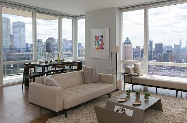 3 Bedrooms, Lincoln Square Rental in NYC for $8,037 - Photo 1