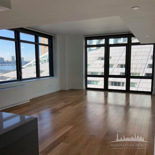 3 Bedrooms, Hell's Kitchen Rental in NYC for $8,150 - Photo 1