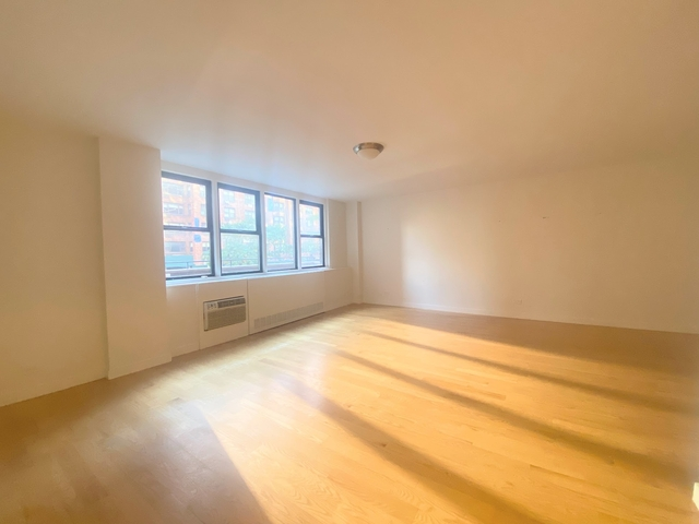 1 Bedroom, Yorkville Rental in NYC for $4,429 - Photo 1