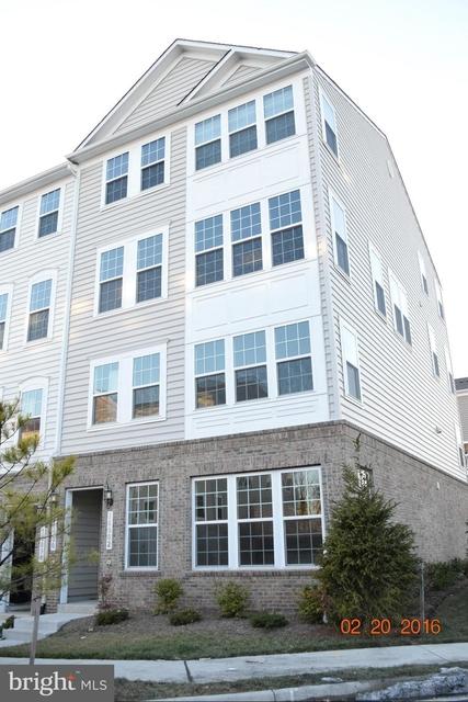 2 Bedrooms, Woodbridge Rental in Washington, DC for $2,100 - Photo 1