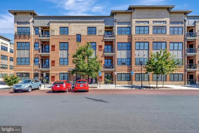 2 Bedrooms, Oakton Rental in Washington, DC for $2,500 - Photo 1