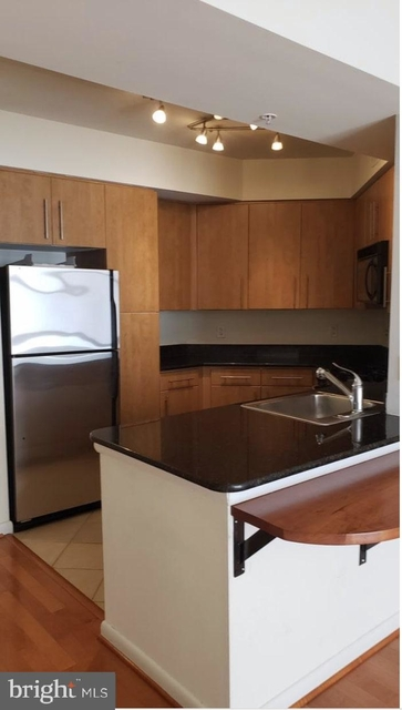 1 Bedroom, Clarendon - Courthouse Rental in Washington, DC for $2,200 - Photo 1