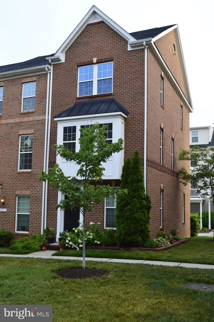 3 Bedrooms, Fifteenth Street Rental in Baltimore, MD for $2,300 - Photo 1