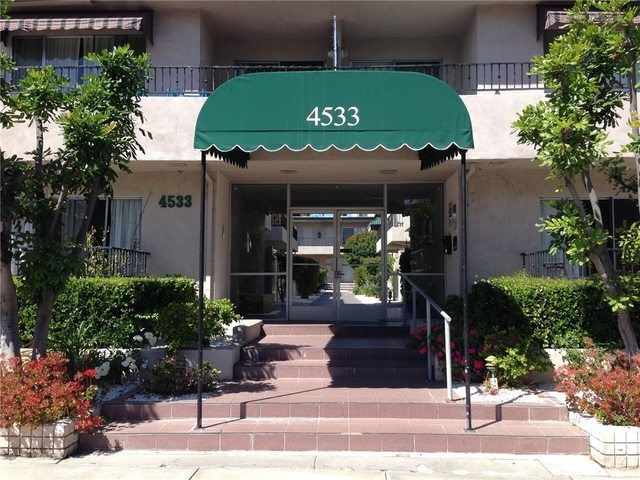 2 Bedrooms, Sherman Oaks Rental in Los Angeles, CA for $2,450 - Photo 1