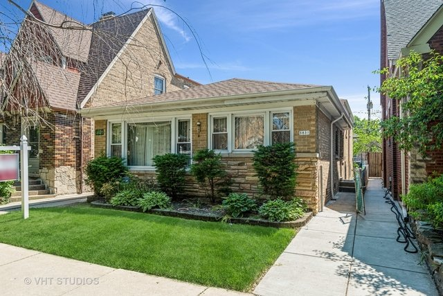 3 Bedrooms, Hollywood Park Rental in Chicago, IL for $1,900 - Photo 1