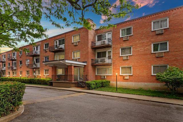 2 Bedrooms, Skokie Rental in Chicago, IL for $1,375 - Photo 1