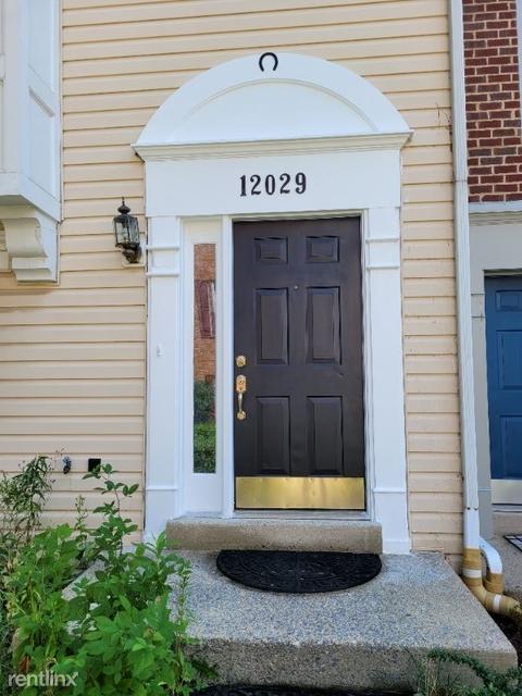 3 Bedrooms, Germantown Rental in Washington, DC for $2,190 - Photo 1