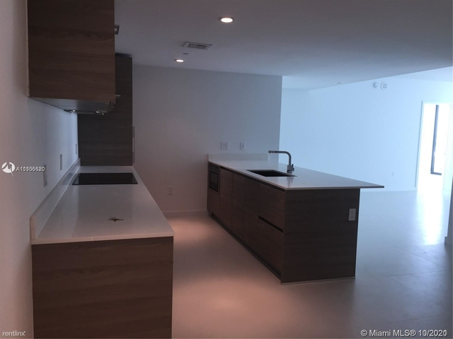 2 Bedrooms, Brickell Rental in Miami, FL for $4,300 - Photo 1
