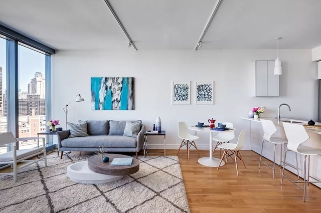 2 Bedrooms, Hell's Kitchen Rental in NYC for $5,994 - Photo 1