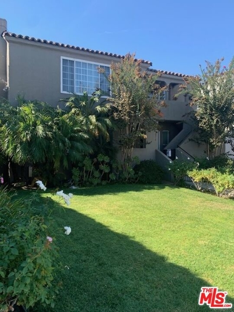 2 Bedrooms, South Robertson Rental in Los Angeles, CA for $3,450 - Photo 1