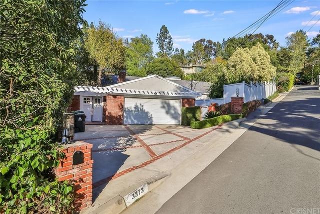 4 Bedrooms, Sherman Oaks Rental in Los Angeles, CA for $8,995 - Photo 1