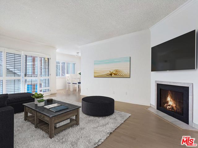 2 Bedrooms, Pico Rental in Los Angeles, CA for $3,250 - Photo 1