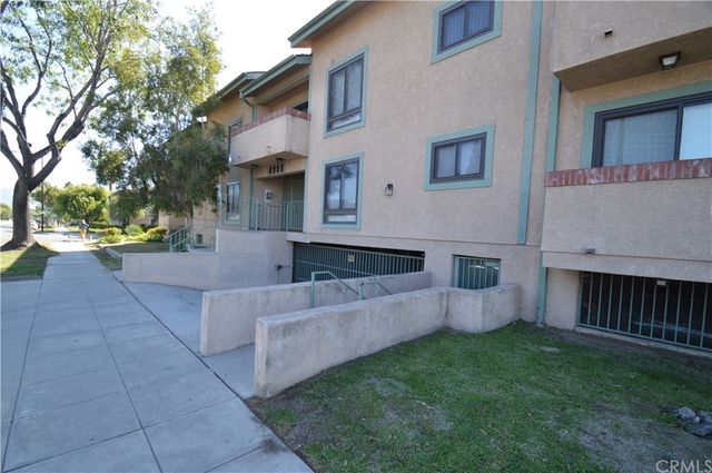 2 Bedrooms, Northwest District Rental in Los Angeles, CA for $2,600 - Photo 1