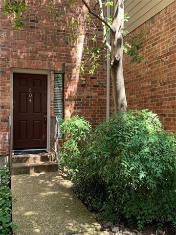 2 Bedrooms, Oaks of Preston Rental in Dallas for $1,700 - Photo 1