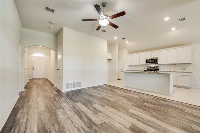 3 Bedrooms, Sendera Ranch Rental in Denton-Lewisville, TX for $2,095 - Photo 1