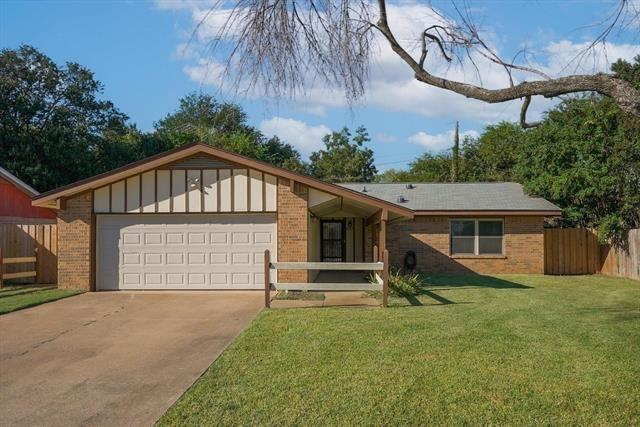 3 Bedrooms, Singing Oaks Rental in Denton-Lewisville, TX for $1,700 - Photo 1
