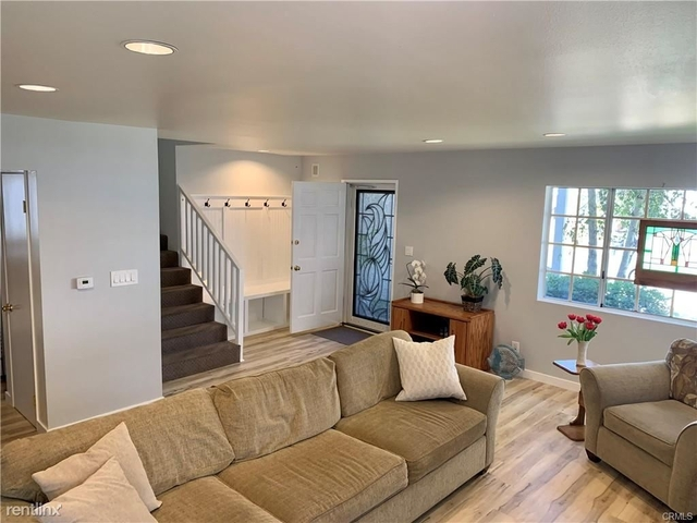 3 Bedrooms, Marina del Rey Rental in Los Angeles, CA for $6,900 - Photo 1
