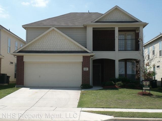 3 Bedrooms, Sendera Ranch East Rental in Denton-Lewisville, TX for $1,999 - Photo 1